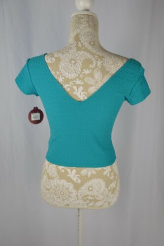 SO Womens XL Teal Blue Short Sleeve V-Neck Fitted Crop Top Textured NEW Shirt