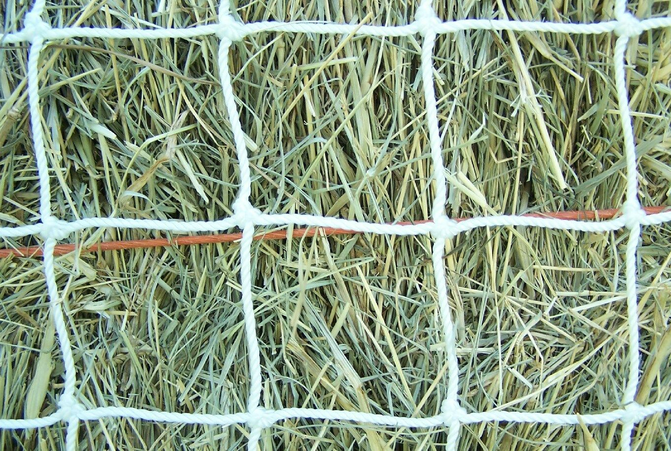 20' x 16' WHITE SQUARE NET NYLON HORSE HAY NETTING  2  LB TEST BALE NETS