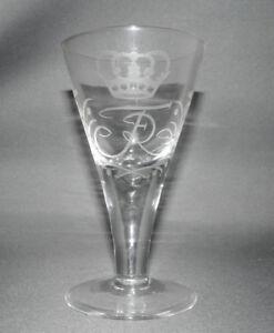 Fridericus-Rex-Glas-Spitzkelchglas-mundgeblasen-eingestochene-Luftblase-16-2-cm