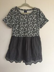 Baby-Gap-Girls-Floral-Eyelet-Dress-Gray-White-Pleated-3T-Brand-New-NWT-D4