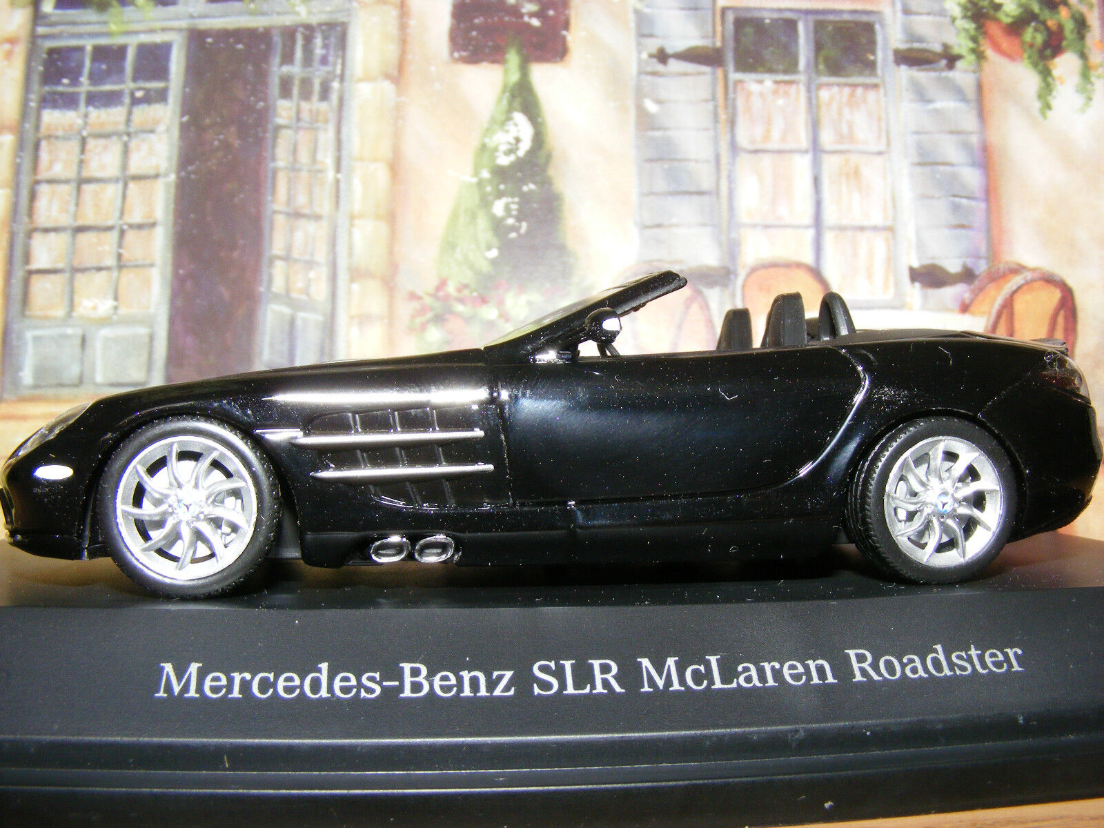 Mercedes-Benz SLR McLaren Roadster 2007 Minichamps Escala en negro 1 43rd.