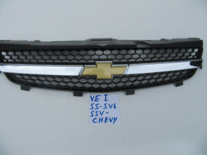 VE-series-1-GENUINE-CHEVY-Chevrolet-Grille-SS-SV6-SSV-FRONT-Grille-amp-Badge-SET