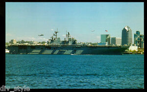 USS Bonhomme Richard LHD-6 postcard  US Navy amphibious assault ship (card1)