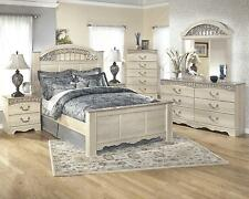 Catalina Traditional Light Opulent Finish 5 Piece Queen Bedroom Set Collection