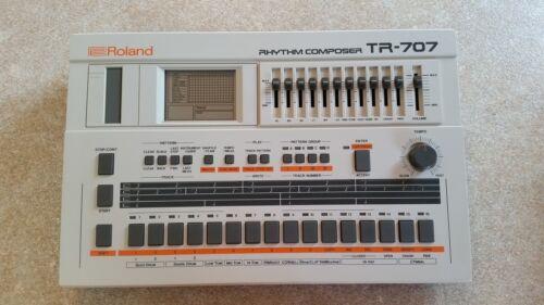 ROLAND TR-707 RHYTHM COMPOSER DRUM MACHINE /& POWER SUPPLY