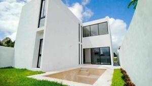 Casa en Venta de 3 Recamaras y alberca en privada con seguridad y Casa Club en Conkal Merida Yucatan