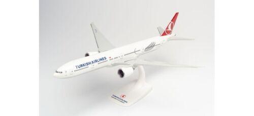 "Herpa Snapfit 613057-1//200 Turkish Airlines Boeing 777-300ER TC-LJK /""Izmir/"""