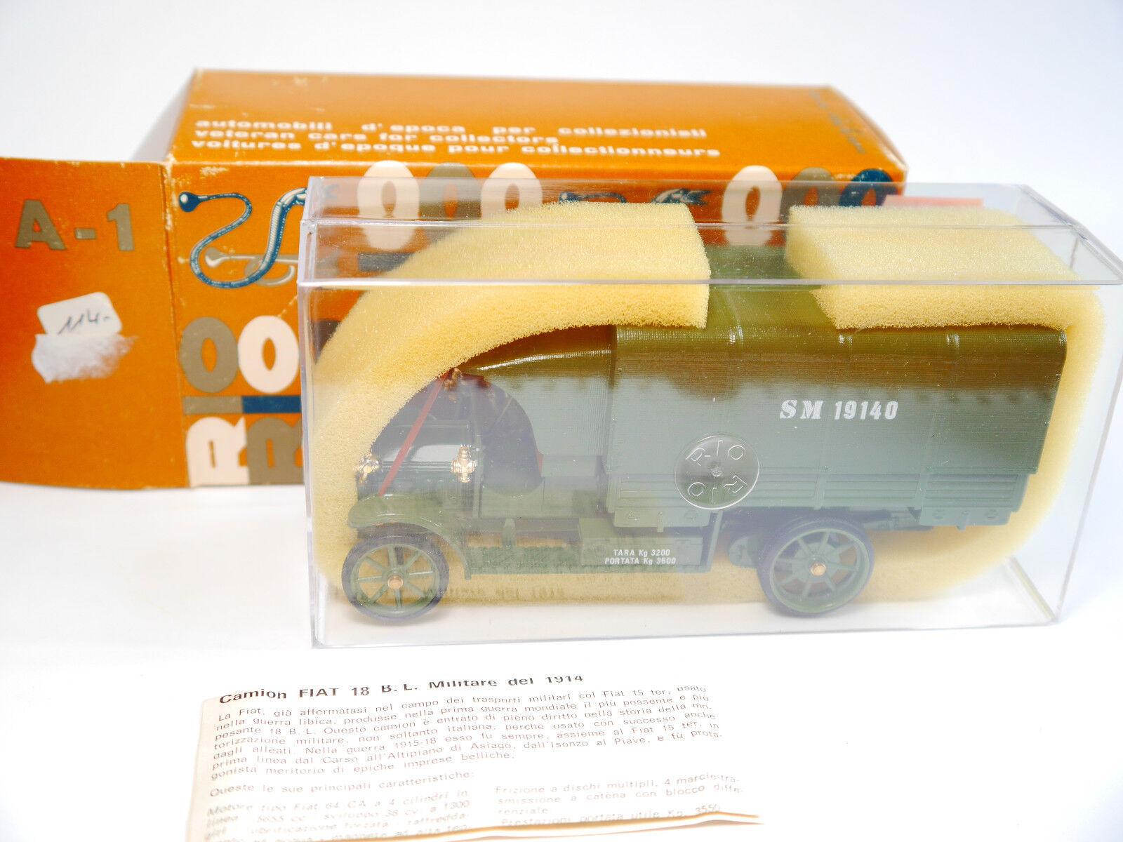 CAMION FIAT Autocarro BL 18 Militaire Military Forces armées Olive, RIO en 1 43 en boîte