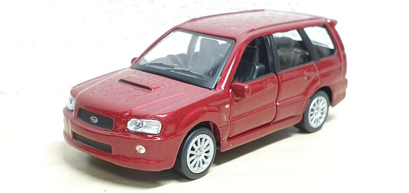 1 59 Konami J Owner's Collection SUBARU FORESTER rot diecast car model