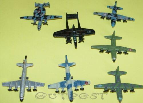 Micro Machines Military Propeller-Flugzeuge zum aussuchen #1
