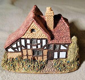 Lilliput Lane Oak Lodge Handmade 1984 UK England Cottage Collection JO