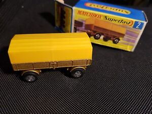 Matchbox-Superfast-No-2-Mercedes-Trailer-RARE-genuine-gold-nos