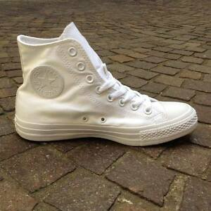 Converse-Chuck-Taylor-All-Star-Hi-White-Mono-triple-white-tutta-bianca