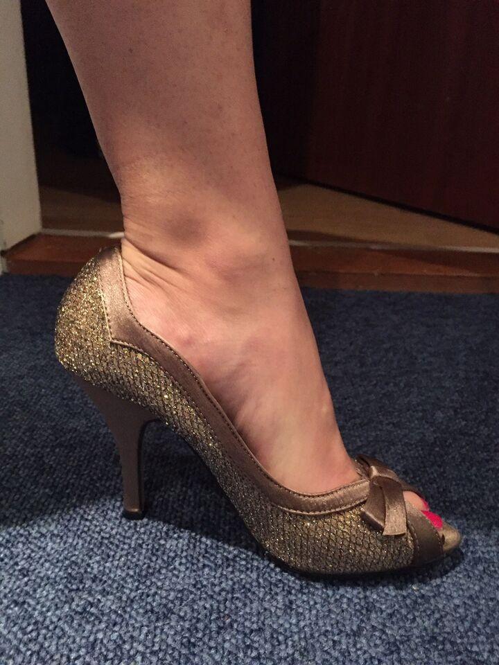 sko str 35 stiletter