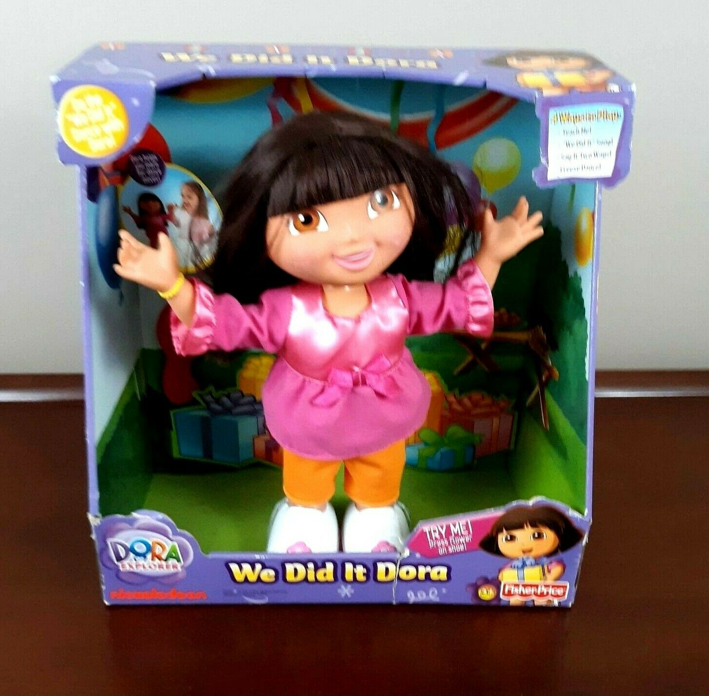 We Did It Dora Doll Singing Dancing Dora the Explorer BRAND NEW 14 in Tall Rare