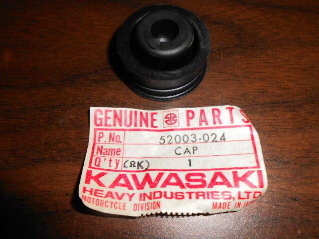 NOS Kawasaki OEM Left Engine Cover Gasket 1974-91 MC1 KD80 KM100 KE100 14045-020