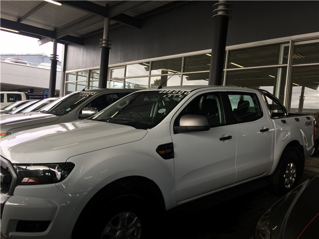 2018 Ford Ranger 2.2 TDCi XLS 4x4 D/Cab AT, White with 37000km available now!