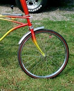 2-White-HUFFY-Rail-Wheel-Judge-Muscle-Bike-Bicycle-FORK-DART-DECAL-Stickers