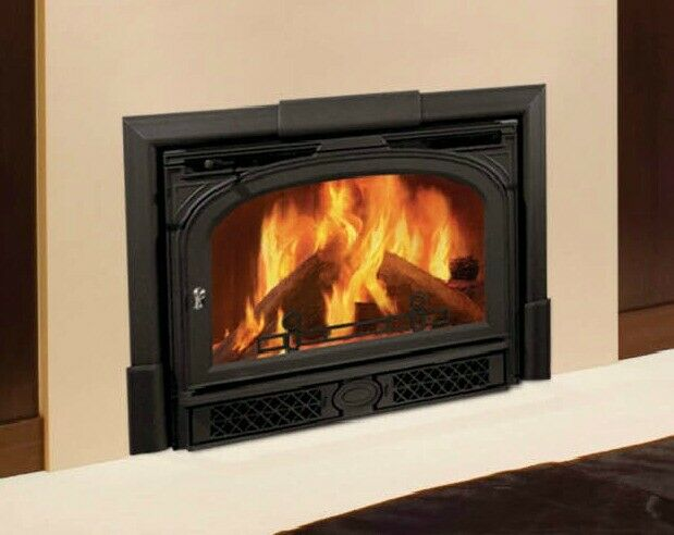 Vermont Castings Winterwarm Large Wood Fireplace Insert With