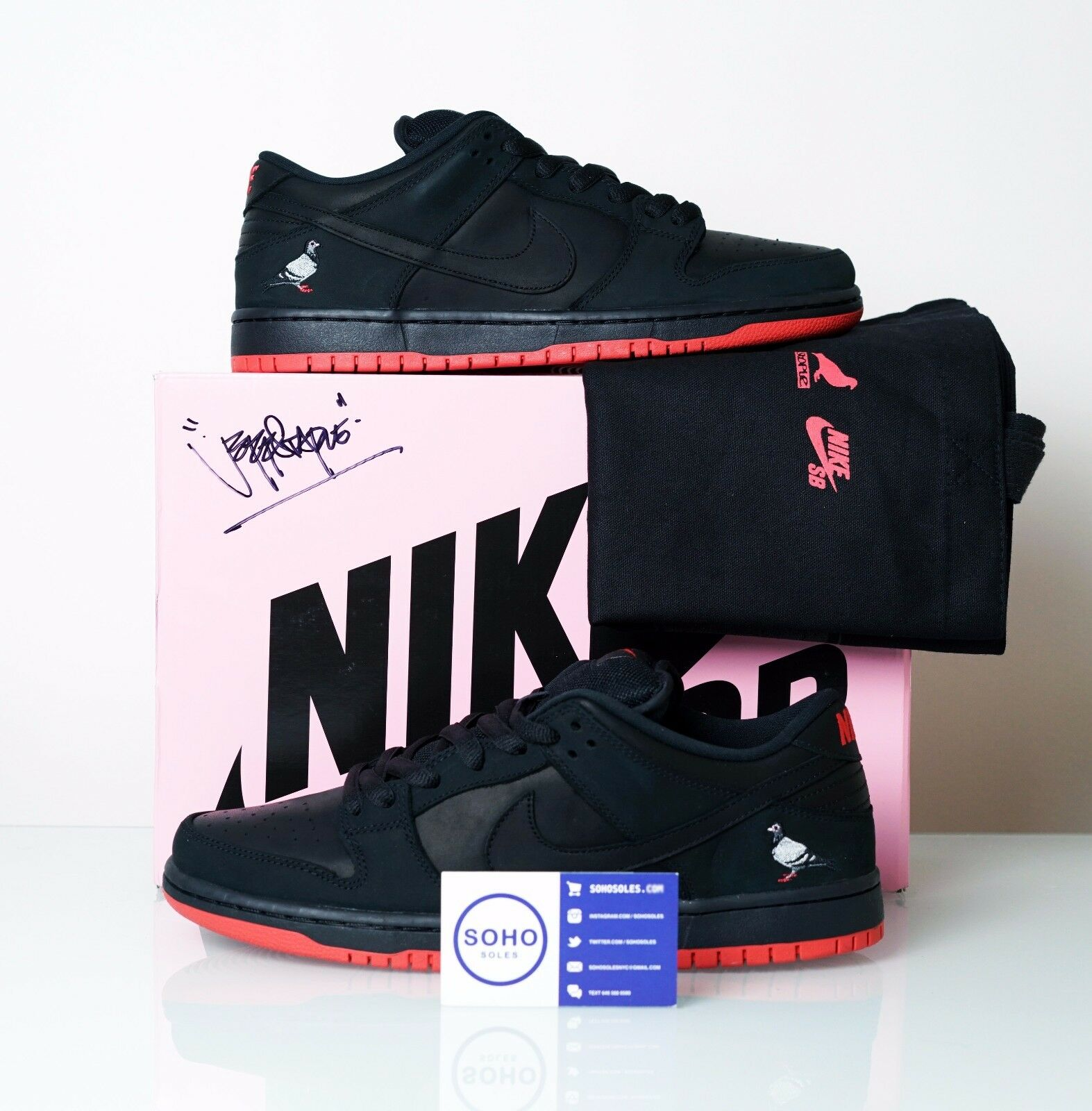 NIKE SB DUNK LOW BLACK PIGEON STAPLE LASERED + SIGNED BOX + TOTE - SIZE 8-12