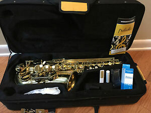 Conn Selmer Prelude Alto Saxophone With Case As711 Ebay