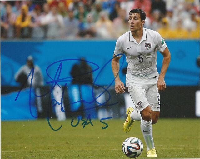Team USA Sporting KC Matt Besler Signed Autographed 8x10 COA