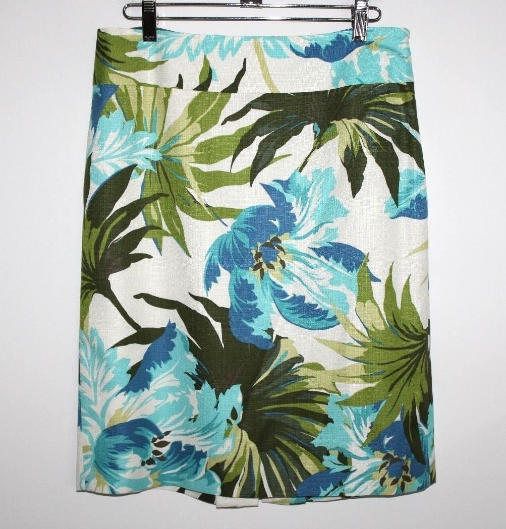 Ann Taylor LOFT - 4 (S) - NWOT - Tropical Floral Print 75% Silk Pencil Skirt