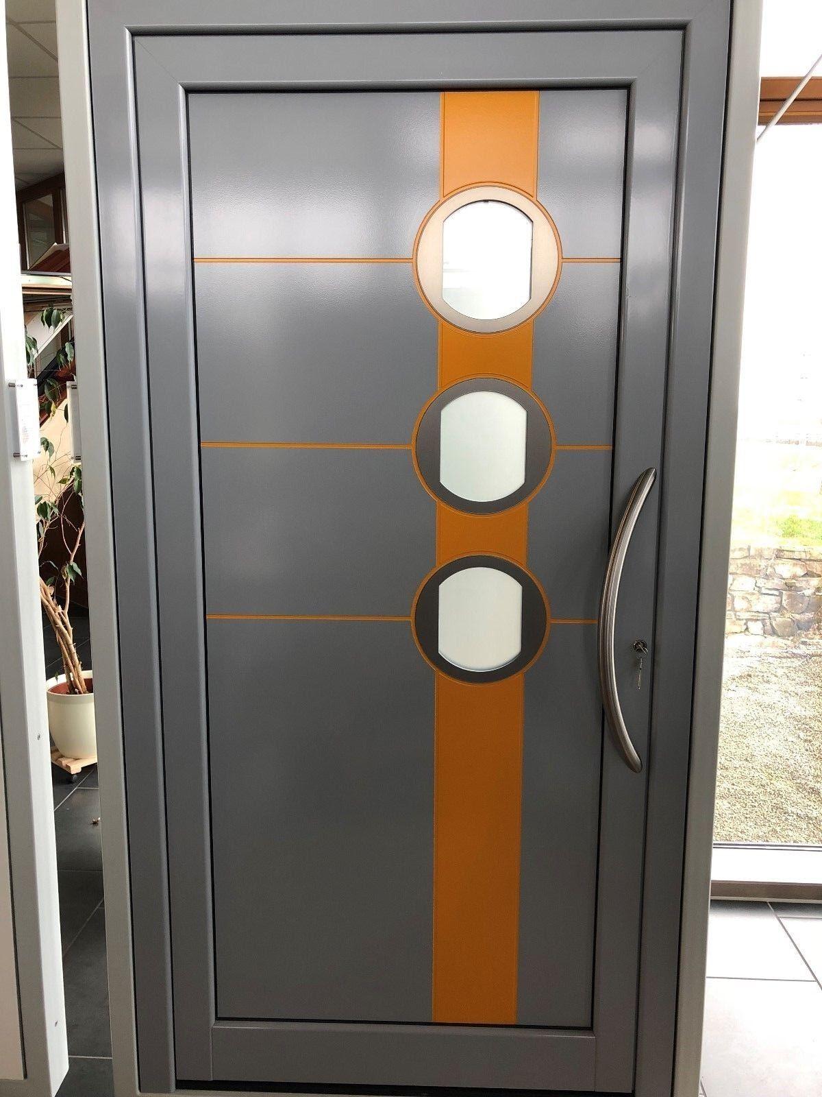 Aluminium-Haustüranlage inkl. 3 satinierten Lichtauschnitten