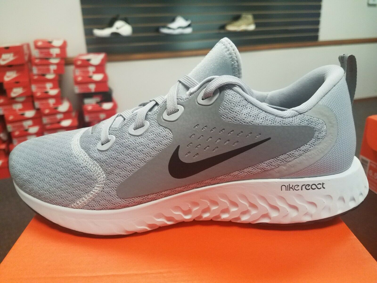 Brand New in Box Men's Nike Legend React Running shoes AA1625-003  Grey