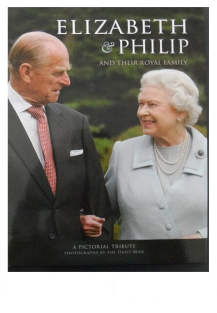Elizabeth & Philip and Their Royal Family (Pictorial Tribute) Book England Queen