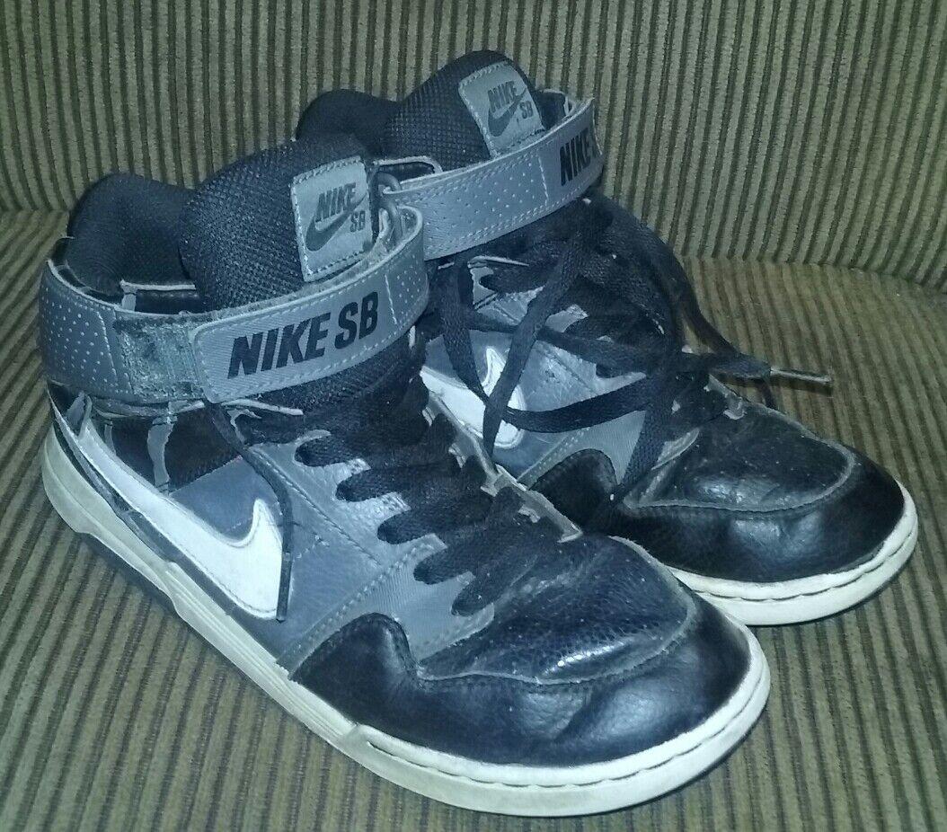 LAST ONES  NICE  Nike Dunk High SB bluee Grey Black SIZE 6y 6 y 100% AUTHENTIC