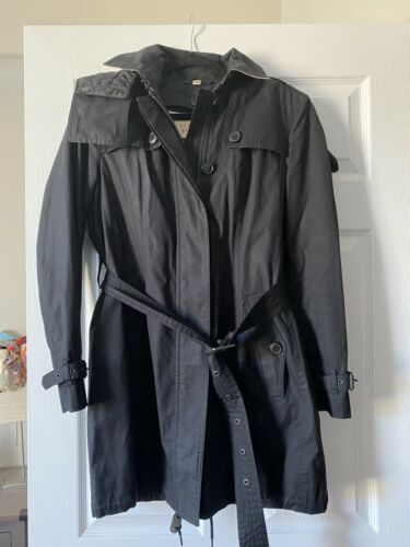 Burberry Detachable Hood Trench Coat SIZE m