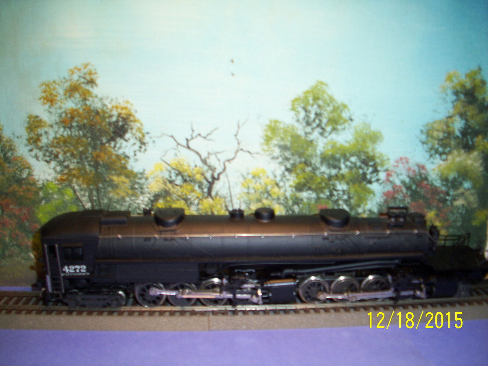 AHM HO SCALE  5111  4-8-8-2  CAB FORWARD  SOUTHERN  PACIFIC  4272