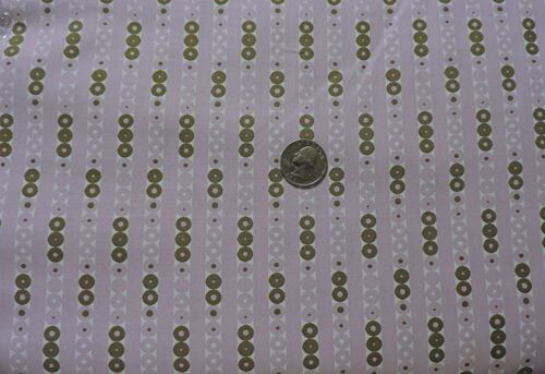Fabri-Quilt - Violet Dew Drops 100/% Cotton Fabric By the Yard Inc