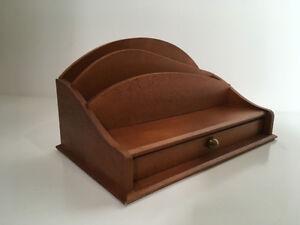 Classeur trieur de courrier lettre de bureau vintage en bois