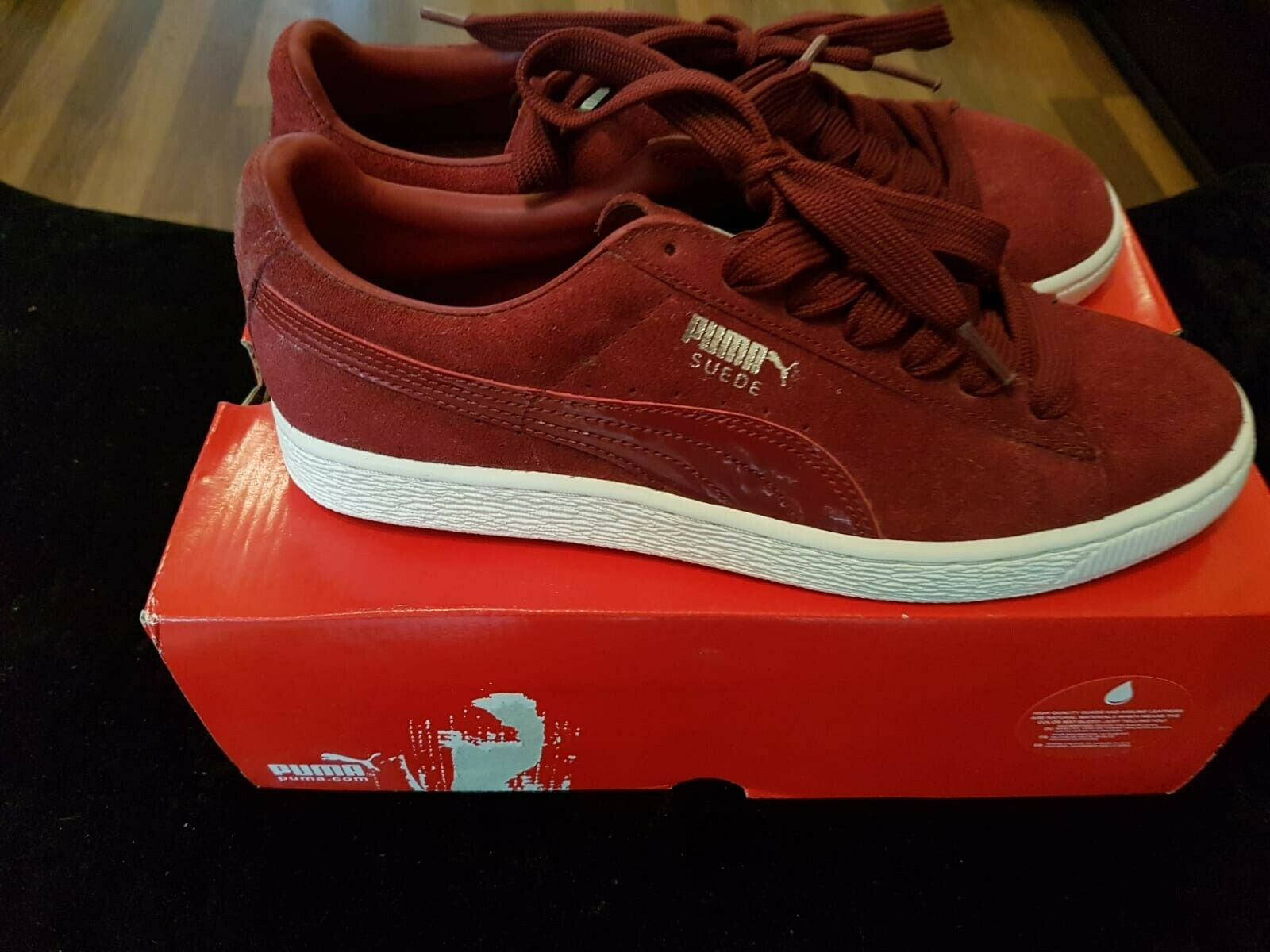 Mens size 7 puma trainers suede pomegranate/white/silver only worn a couple of t