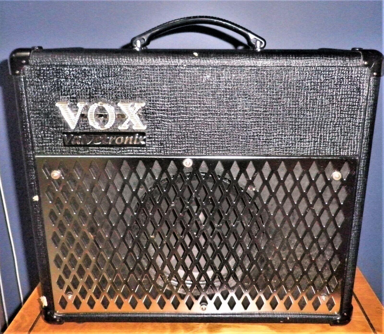 Vox Valvetronix AD15 VT digitale Effekte Modellierungsverstärker