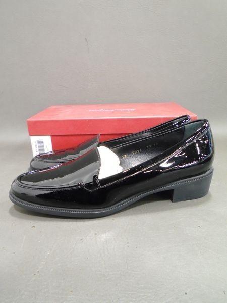 NEUF avec Boîte Salvatore Ferragamo Italie noir Cuir Verni Mocassins Loafers Chaussures 10B