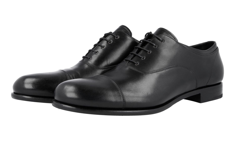 Authentic PRADA Business   2EB135 Nero Cap Toe Oxford 10,5 44,5 45