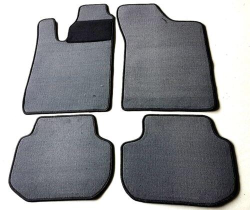 Passform-Velours-Fußmatten für Volvo 440//460 Baujahr 1988-96 Autoteppiche grau