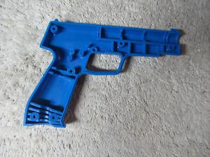 1 happ gun plastic lens good condition   ARCADE VIDEO GAME PART cf5-54