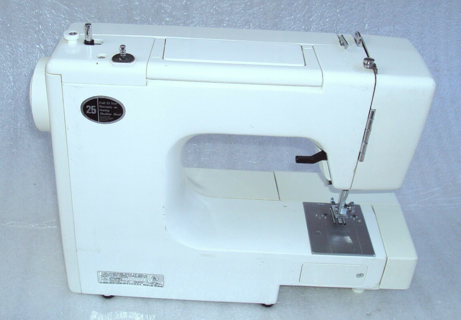 s l1600 - Working Sears Kenmore Model 12712 Multi Stitch Sewing Machine With Manual