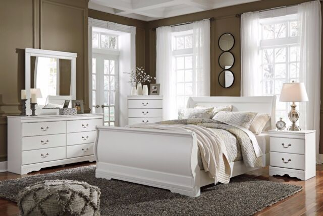 Ashley Furniture Ridgley Dark Brown 6 Piece Queen Sleigh Bedroom