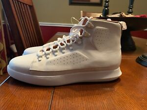 under armour uas club leathersuede boots men white