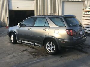 2000 LEXUS RX300 + WINTER RIMS WITH NEW WINTER TIRES