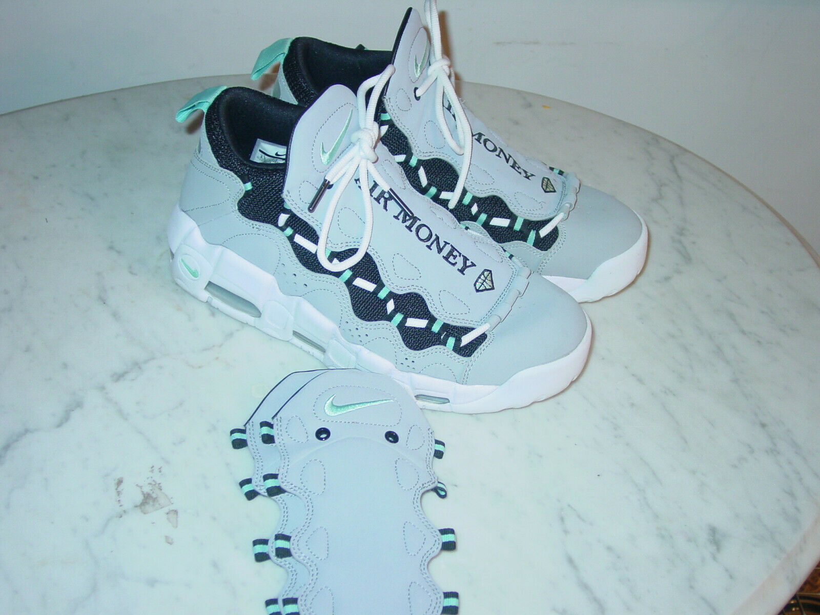 2017 Nike Air More Money  Diamond  Wolf Grey Island Green shoes  Size 8.5