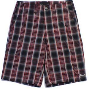 Oakley-Fresher-Shorts-Size-34-L-Black-Red-Mens-Casual-Striped-Golf-Walkshorts