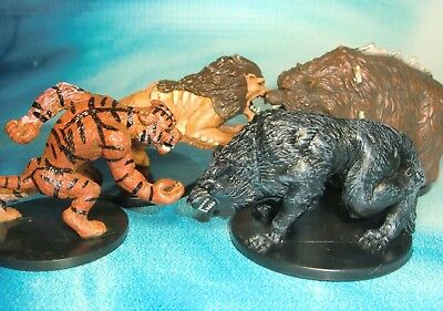 Dungeons & Dragons Miniatures Lot  Dire Wolf Dire Bear Weretiger !!  s123