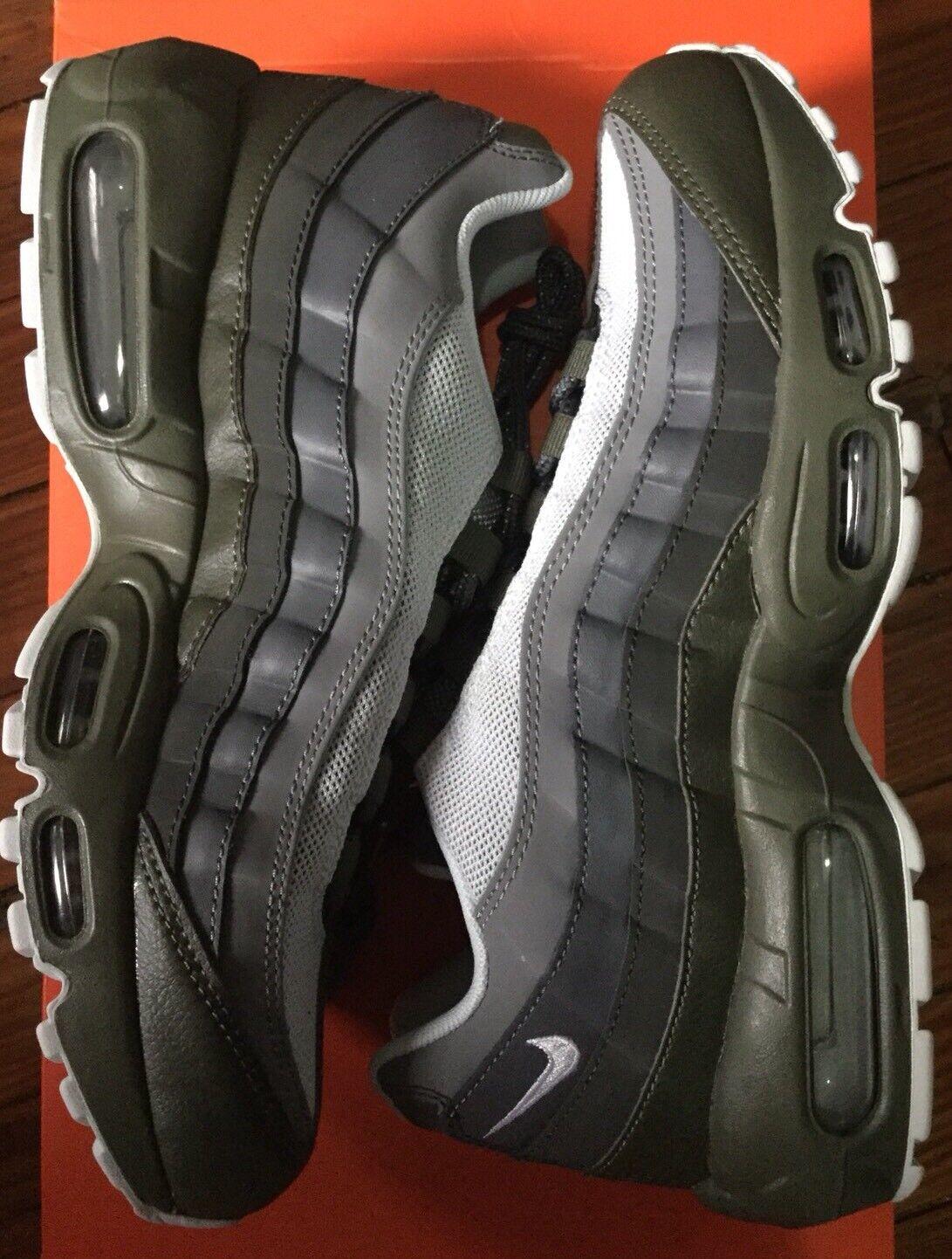 Nike Mens Air Max 95 Essential 749766 302 Size 8.5 Cargo Khaki Olive
