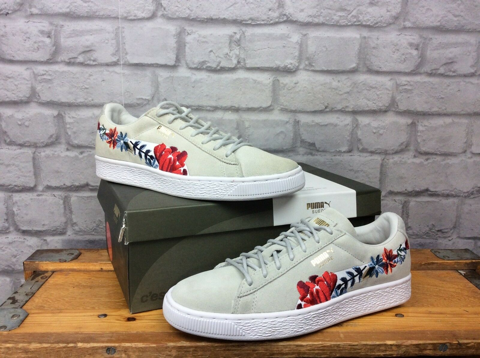 PUMA LADIES LADIES LADIES UK 6 EU 39 SUEDE CLASSIC EMBROIDERED FLORAL LIGHT GREY TRAINERS 0f6f2a